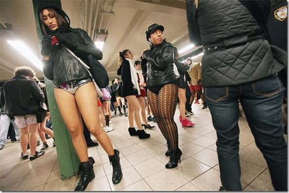 no-pants-subway-32