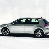 2013-VW-Golf-7-3.jpg