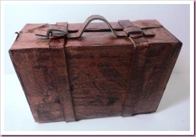 Pro Marker Pen papier mache suitcase