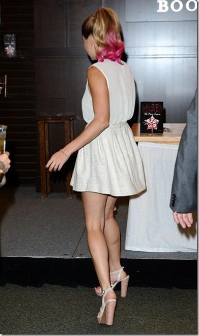 Lauren Conrad Lauren Conrad Promotes Fame F3U8S3e9-NWl