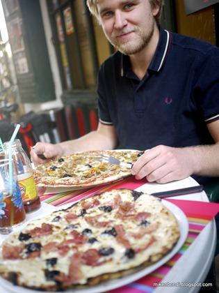 Gustav: pizza predator