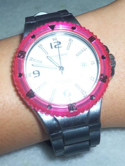 Mondaine Twist: rosa translúcido + cinza metalizado