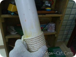 how to building cat tree -Wrap the Posts with Sisal Rope 5