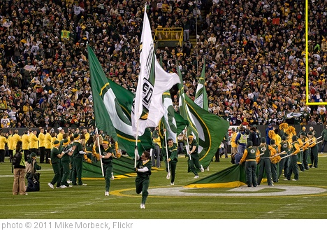 'Lambeau Field' photo (c) 2011, Mike Morbeck - license: http://creativecommons.org/licenses/by-sa/2.0/