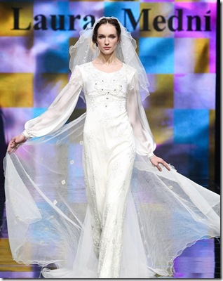 Laura medni-wedding-dress