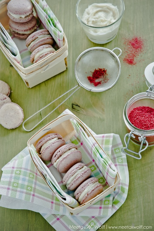 Raspberry Coconut Macarons (0101) by Meeta K. Wolff