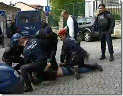 Acção brutal da polícia na Fontinha. Abr.2012