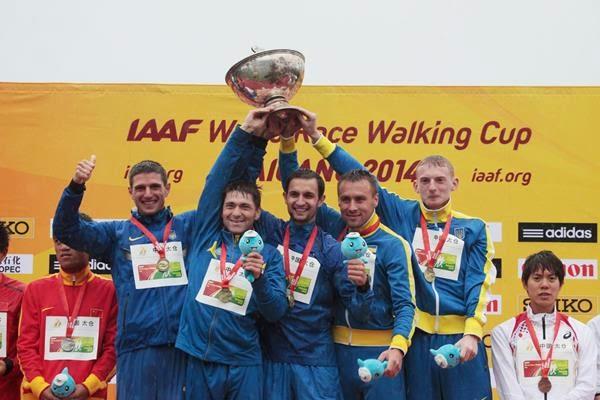команда - победители КМ по спортивной ходьбе на дистанции 20 км