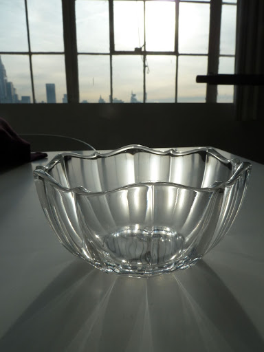 I adored the rippled edge of this Villeroy & Boch bowl. It would be great to fill with nuts or olives during a cocktail party.