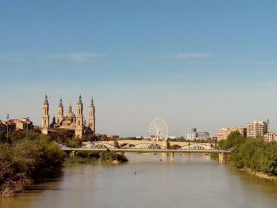 Basilica del Pilar Noria Zaragoza Ebro