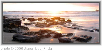 'Sunshine Coast Sunrise' photo (c) 2006, Jiaren Lau - license: http://creativecommons.org/licenses/by/2.0/
