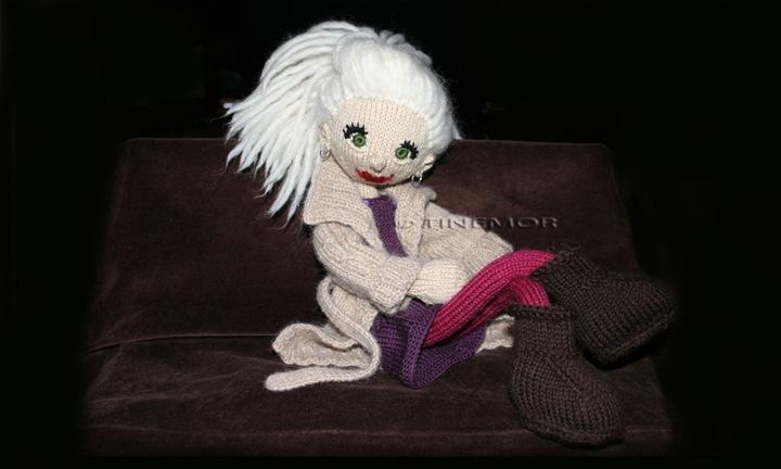 strikkedukke Kamilla