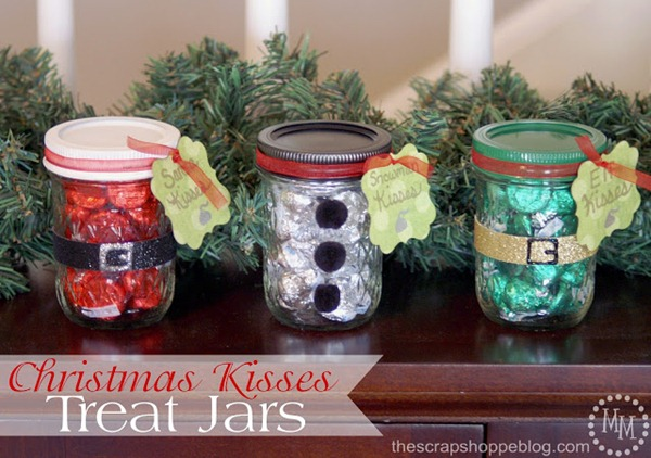 Christmas Kisses Treat Jars 1