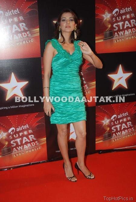 Anjana Sukhani Hot Pics in Golden Dress 11