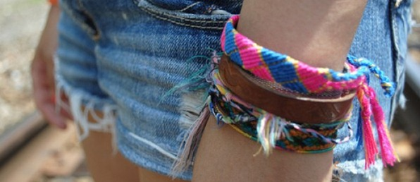 friendship-bracelets1-e1313442139499