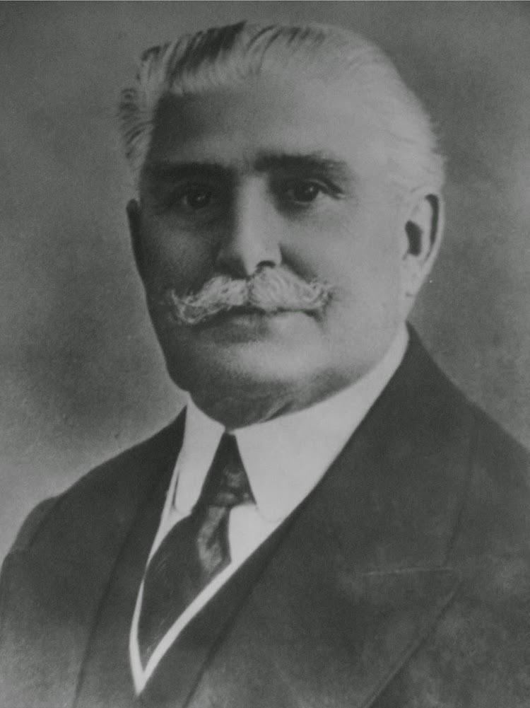 El Sr. D. Evaristo Babé Gely, fundador de la compañia. Foto remitida por el Sr. Javier González-Babé Ozores. Nuestro agradecimiento..jpg