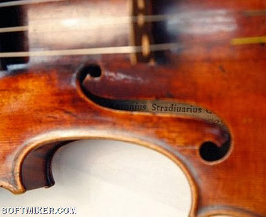75977711_Stradivariusviolin580x386