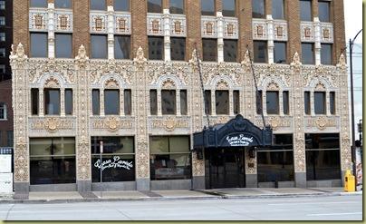Facade Mincks Adams Hotel