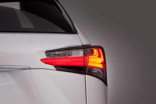 2015-Lexus-NX-12.jpg