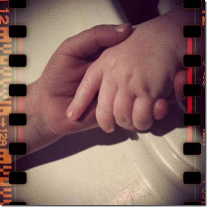 hands.jpg_effected