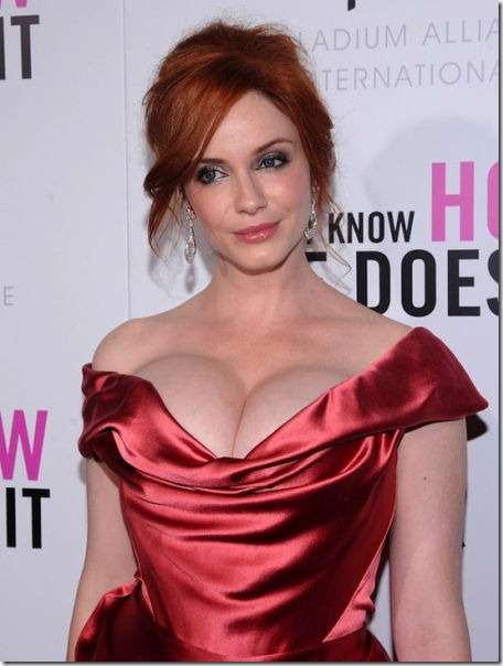 hot-christina-hendricks-7