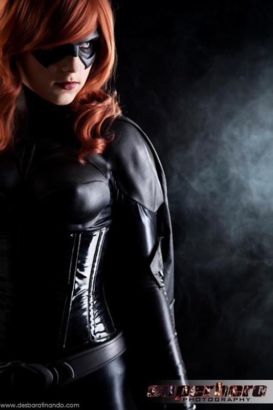 sexy-batgirl-linda-sensual-desbaratinando-geek-nerd (4)