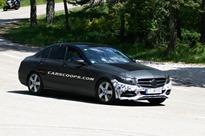 2015-Mercedes-C-Class-Saloon5