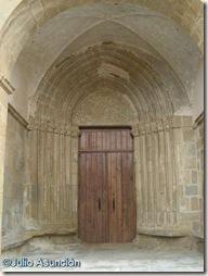 Gallipienzo - Portada iglesia de San Pedro