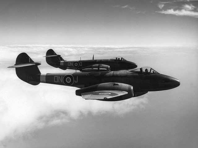 [Gloster_Meteor_III_ExCC%255B5%255D.jpg]