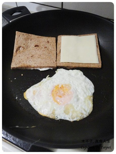 煎蛋起司三明治 egg sandwich (3)