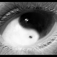 ying-yang-eye.............jpg