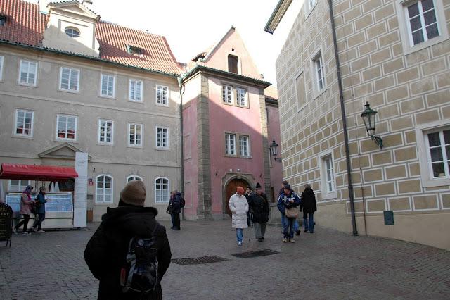 "Taken at Latitude/Longitude:50.091652/14.403463. 0.44 km North Mal?Strana Hlavn?Mesto Praha Czech Republic <a href=""http://www.geonames.org/maps/google_50.091652_14.403463.html""> (Map link)</a>"