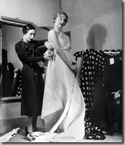 Boris Lipnitzki (1887-1971), 1936 Madame Grs crant une robe du soir pour Macys, Paris.