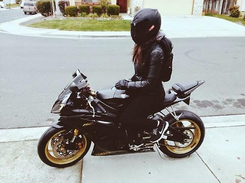 sexybikerchick.jpg