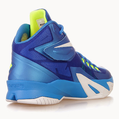 nike zoom soldier 8 gr blue white volt 1 02 Closer Look at Nike Zoom Soldier 8 Blue / Volt Dropping Next Week
