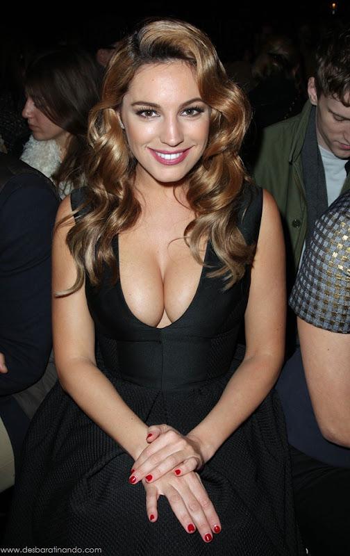 Kelly-Brooklinda-sensual-photoshoot-pics-boob-desbaratinando (28)