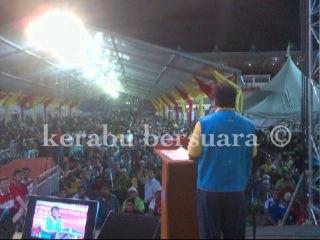 Live! MB Khalid Ibrahim Sedang Berucap Depan Puluhan Ribu Rakyat