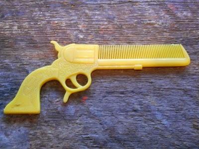 yellow gun comb
