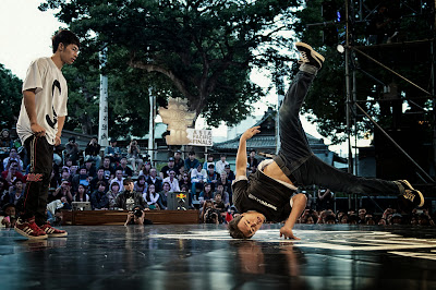 Japanese B-Boy Issei battles B-Boy Chuan from Taiwan at Red Bull BC One Asia Pacific Final, at Kushida Shrine, in Fukuoka, Japan, on October 12, 2013. // Nika Kramer/Red Bull Content Pool // P-20131015-00114 // Usage for editorial use only // Please go to www.redbullcontentpool.com for further information. //