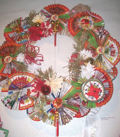 Asian wreath with paper fans