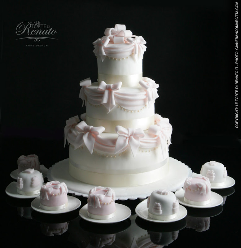 Drappi wedding cake