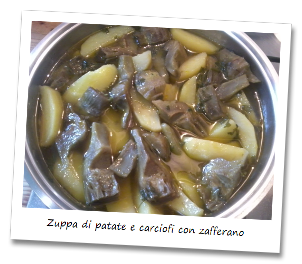 Immagine del piatto della zuppa di patate e carciofi con zafferano