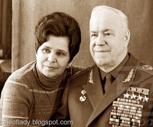Я вчера в инете искала информацию о Жукове, Галина и правда его