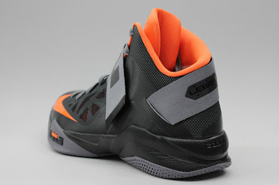 nike zoom soldier 6 gr black grey orange 1 03 New Nike Zoom LeBron Soldier VI   Black/Orange   Available