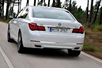 2013-BMW-7-Series-13.jpg
