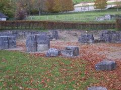 2011.11.01-013 vestiges de l'ancienne abbatiale