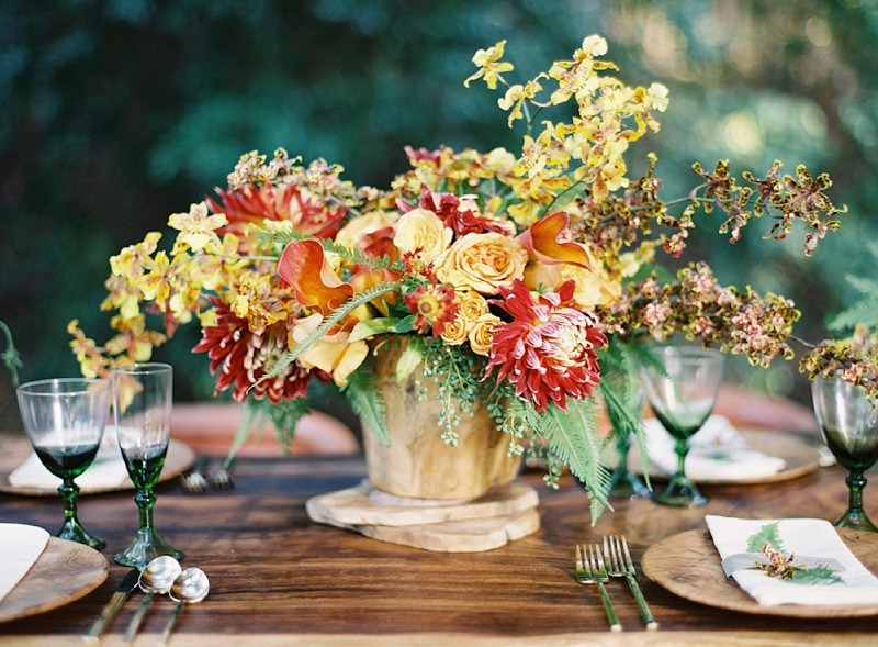 10OakandtheOwl_Orchid and Dahlia Centerpiece