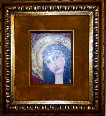 Mary in velvet frame 001