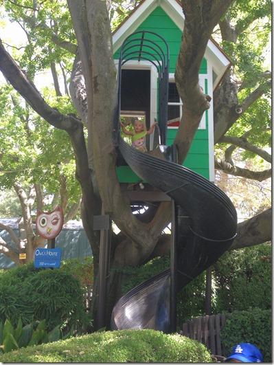 Owl's Birdhouse