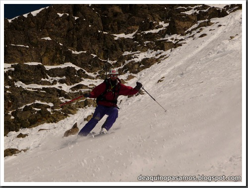 Arista NO y Descenso Cara Oeste con esquís (Pico de Arriel 2822m, Arremoulit, Pirineos) (Omar) 0792